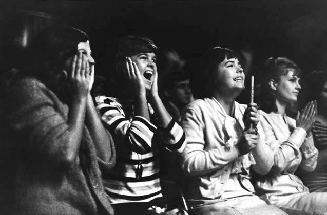 Rolling Stones fans, Sydney – 1965