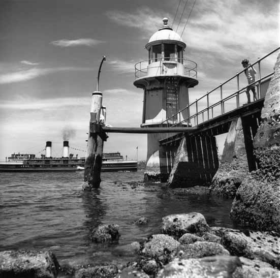 Manly ferry Dee Why and lighthouse, Bradleys Head – c.1947