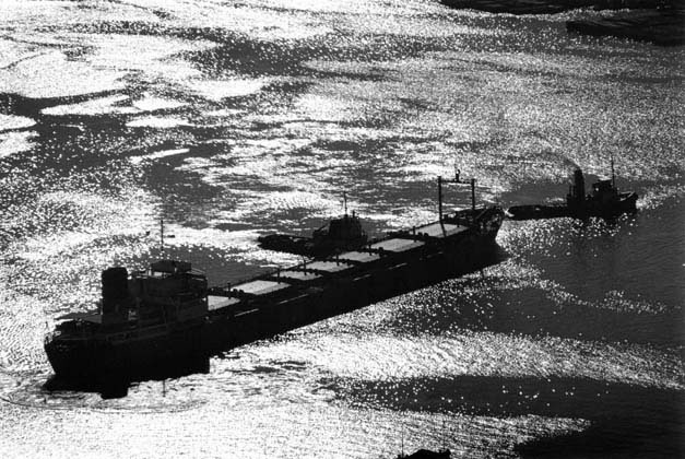 Ship and wind patterns on western waterway – 1967