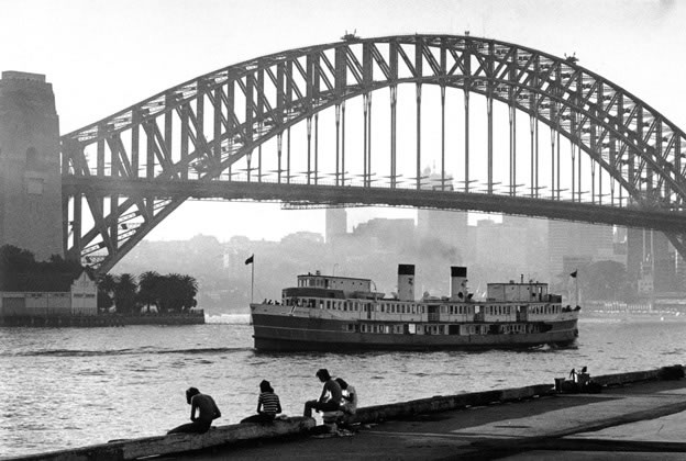 Ferry <em>North Head</em> and boys fishing, Circular Quay – 1976