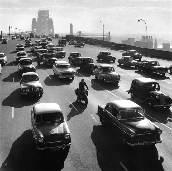 Morning peak traffic on Harbour Bridge – 1959