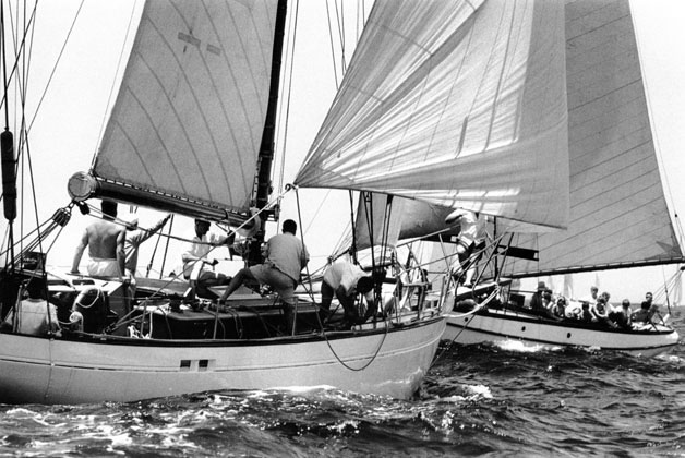Start of Sydney to Hobart yacht race – 1963
