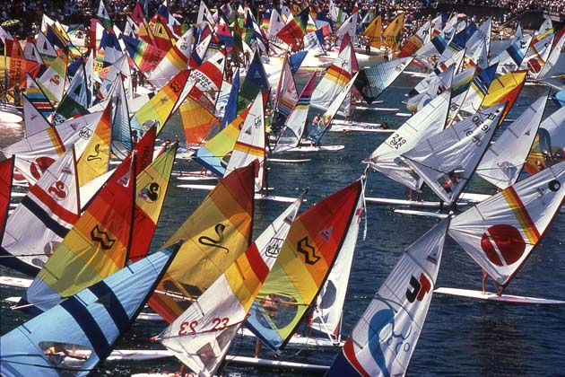 Start of sailboard marathon, Manly – 1984