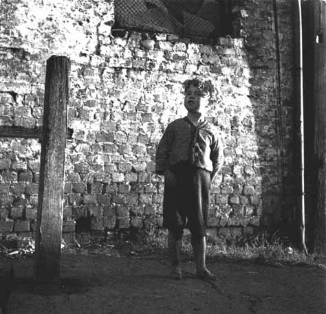 Surry Hills boy 2 – 1948