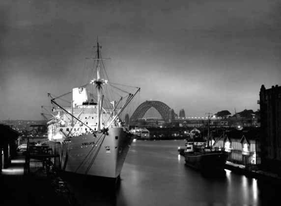 <em>Himalaya</em> at dusk, Sydney – 1950