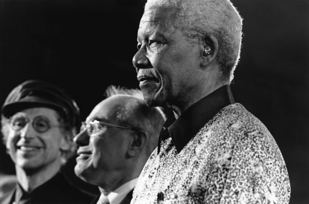 1. Professor Snyder, John Howard and Nelson Mandela, University of Sydney, Sydney – 2000