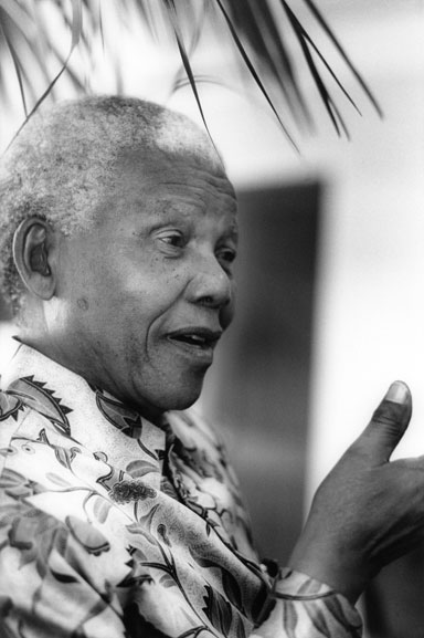 4. Nelson Mandela at the Hilton Hotel (conversation), Sydney – 2000