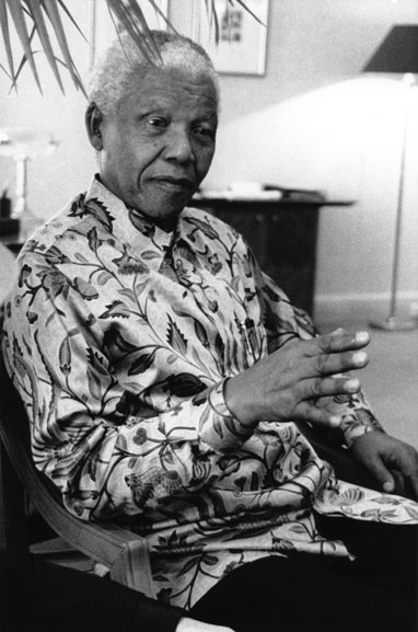 5. Nelson Mandela at the Hilton Hotel (making a point), Sydney – 2000
