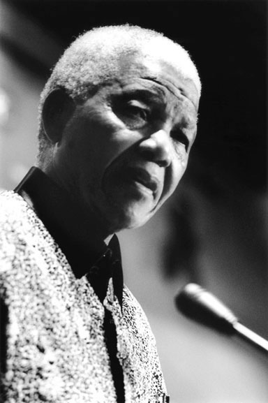 9. Nelson Mandela (speaking), University of Sydney, Sydney – 2000