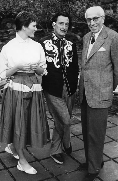 Jenny Moore, Salvador Dali and Senor Enseasa at Port Lligat – 1955