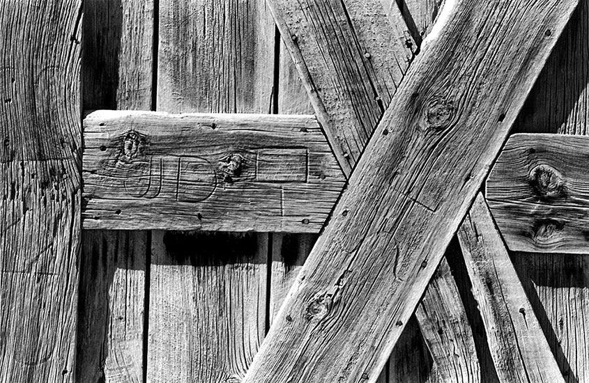 Detail of wooden door – 1999