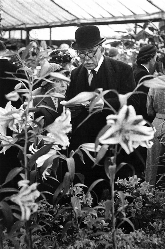 The Chelsea Flower Show, London – 1955