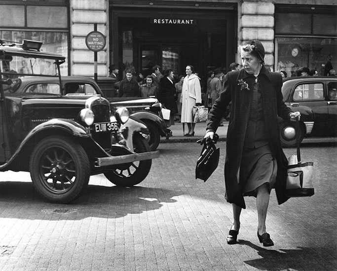 Traffic dodger, London – c.1953