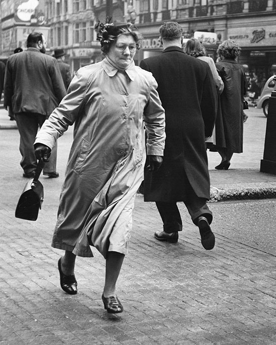 Woman in Piccadilly Circus, London – c.1953